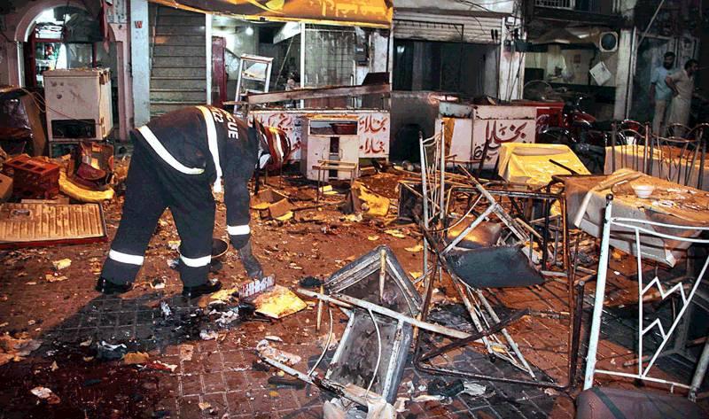 فوڈ سٹریٹ دھماکے کے تصویری مناظر
