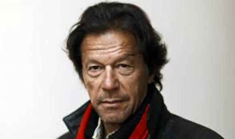 آصف زرداری نے فوج کے حوالے سے سخت باتیں کیں، آصف زرداری کوجیل میں فوج نےنہیں بلکہ نوازشریف نےڈالاتھا:عمران خان
