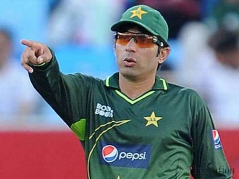 قومی ٹیسٹ کرکٹ ٹیم کے کپتان مصباح الحق نے ریٹائرمنٹ کا اشارہ دے دیا