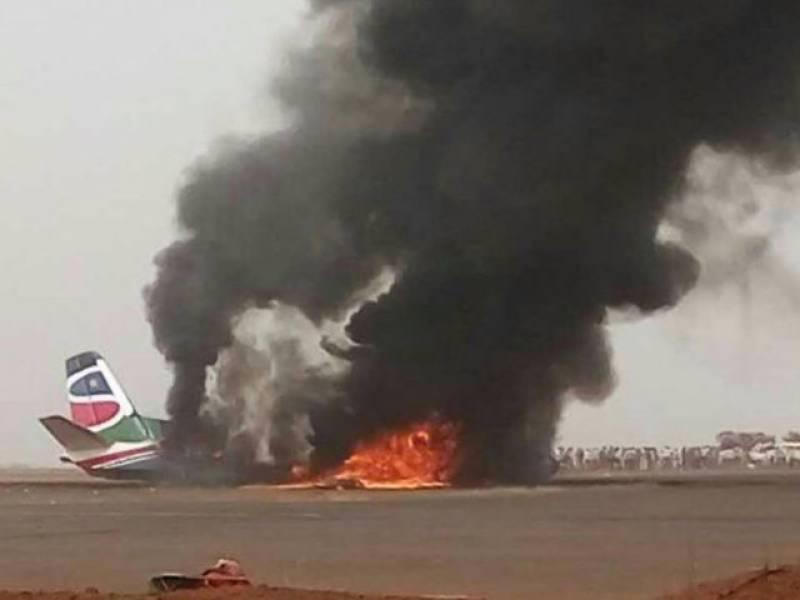 سوڈان میں مسافر طیارہ گر کر تباہ ہو گیا, طیارے میں چوالیس افراد سوار تھے جن میں سے 14 کو بچا لیا گیا