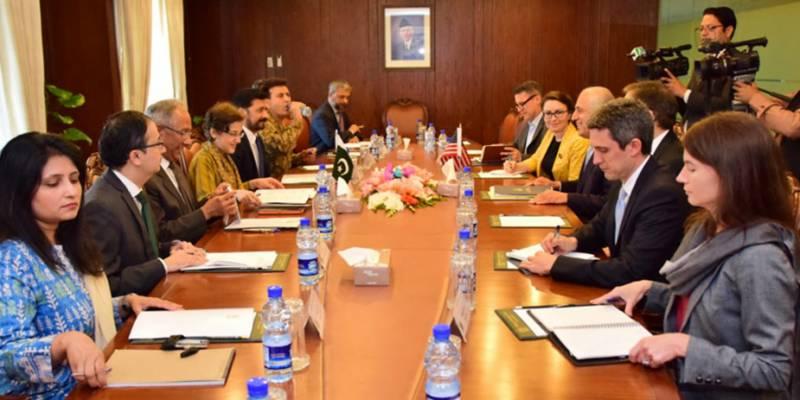 زلمے خلیل زاد کی قیادت میں امریکی وفدکے دفتر خارجہ میں مذاکرات