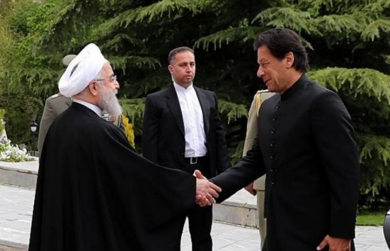 وزیراعظم عمران خان کی ایران کے صدر حسن روحانی سے ملاقات,دوطرفہ تعلقات پرتبادلہ خیال