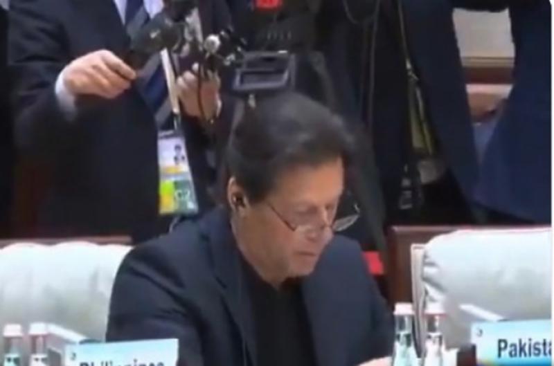 سی پیک پاکستان اور چین کےلیے خوشحالی کا منصوبہ ، گوادر بندرگاہ چینی کمپنیوں کےلیے لاگت کم کرے گی :عمران خان