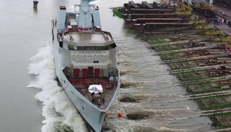 پاک بحریہ کیلئے بنائے جانیوالے جنگی جہاز کی رومانیہ میں لانچنگ