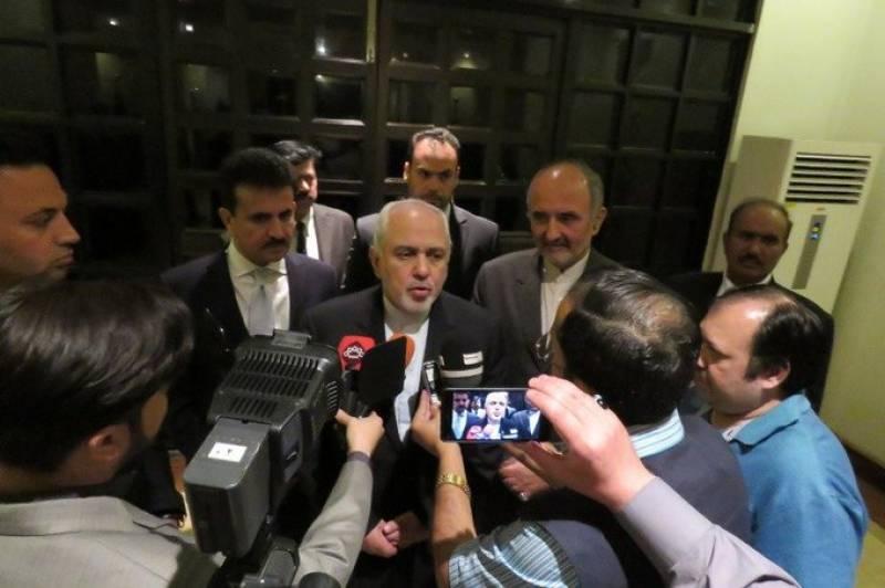 ایرانی وزیر خارجہ جواد ظریف اسلام آباد پہنچ گئے