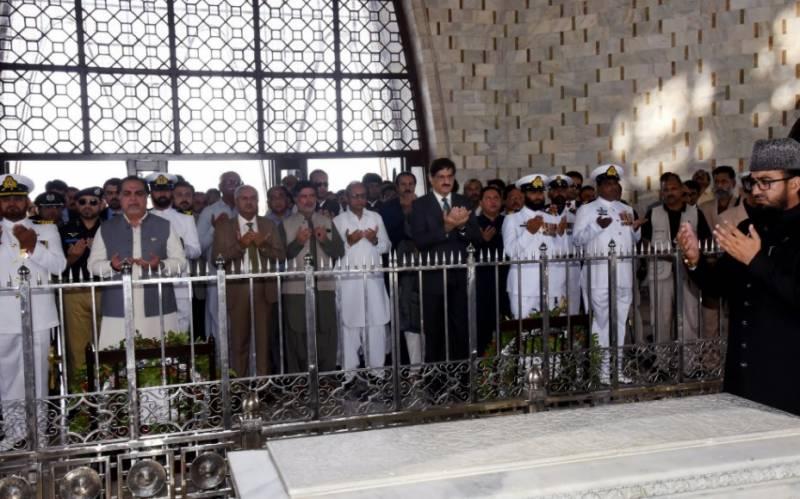 کراچی:قائد اعظم کی برسی، گورنرسندھ اور وزیراعلیٰ سندھ کی مزارقائد پر حاضری