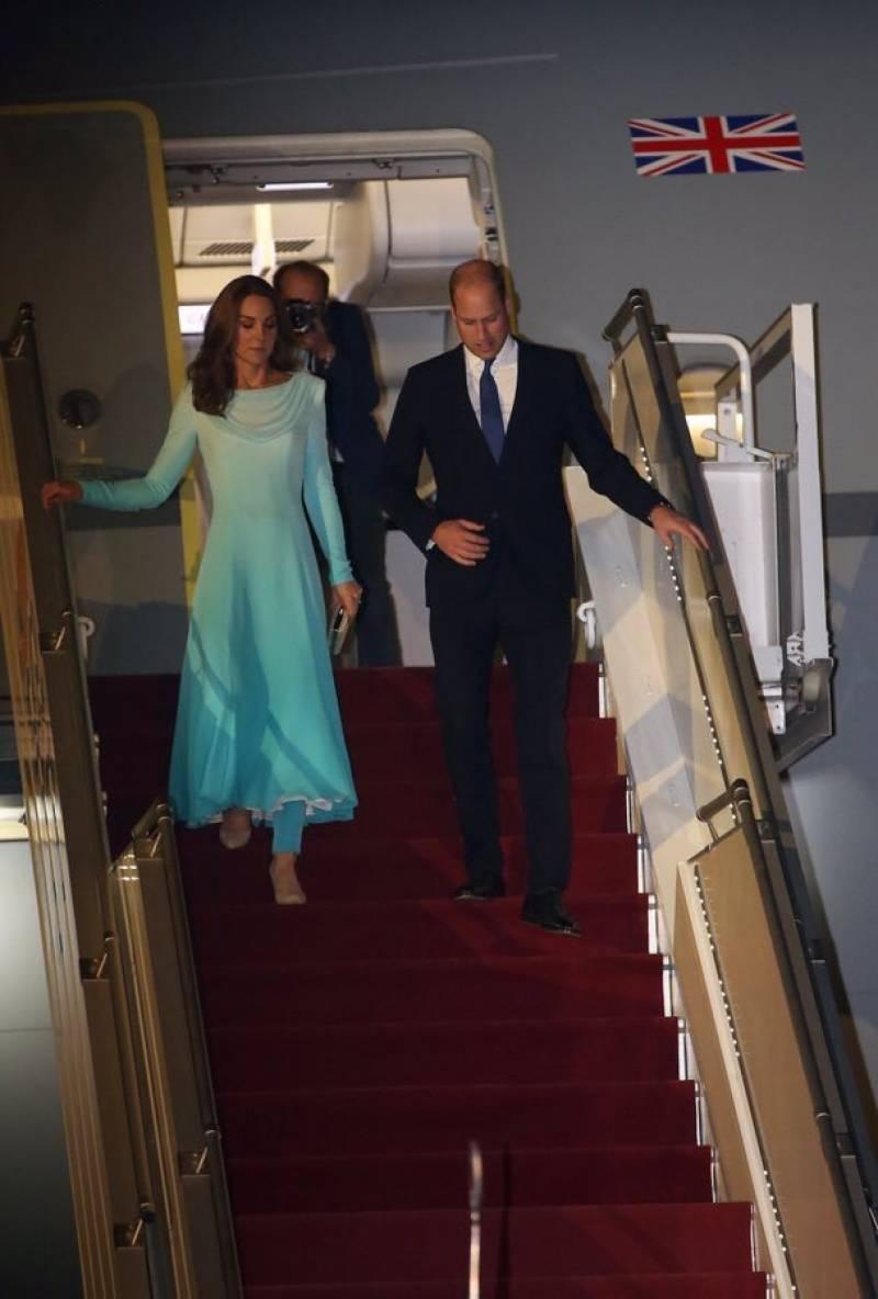 برطانوی شہزادہ ولیم اور شہزادی کیٹ مڈلٹن اسلام آباد آمد