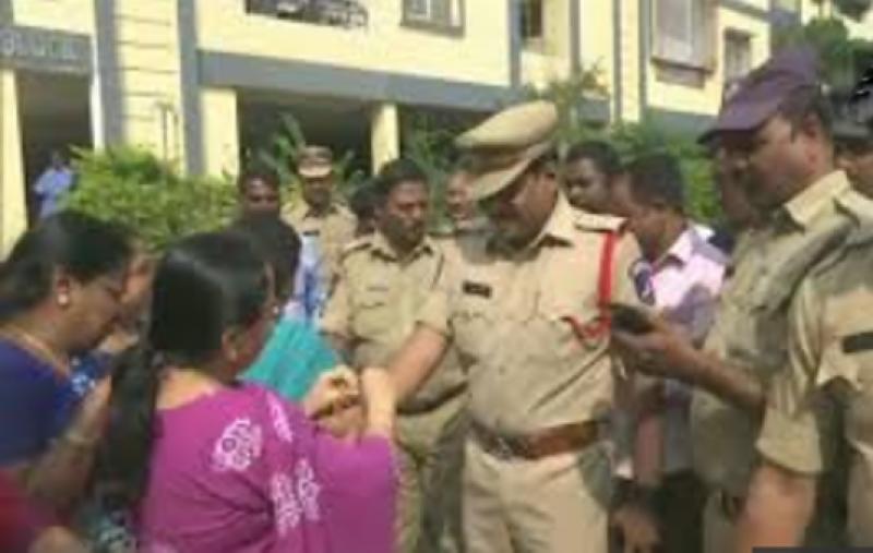 خاتون ڈاکٹر کو جلا کر قتل کرنے والے 4 ملزمان پولیس انکاؤنٹر میں مارے گئے