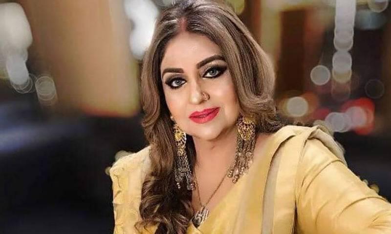 اللہ تعالیٰ جھوٹی خبریں پھیلانے والوں کو ہدایت عطا کرے:معروف اداکارہ انجمن