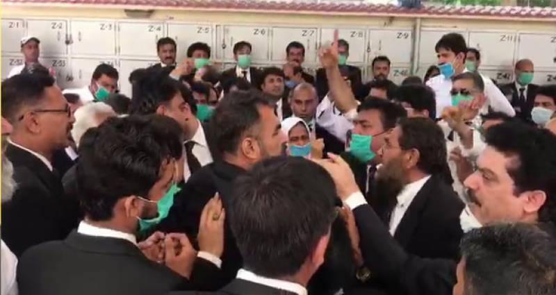 کراچی بار نے مشیرقانون سندھ کی رکنیت معطل کردی