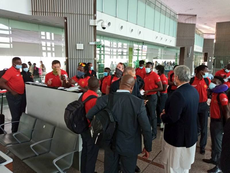 زمبابوے کی قومی کرکٹ ٹیم پاکستان پہنچ گئی