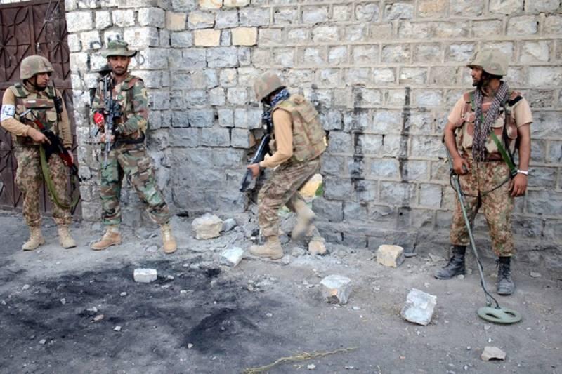 سیکیورٹی فورسز کا خفیہ اطلاع پر آپریشن ، دہشت گردوں کا بڑا نیٹ ورک تباہ : آئی ایس پی آر