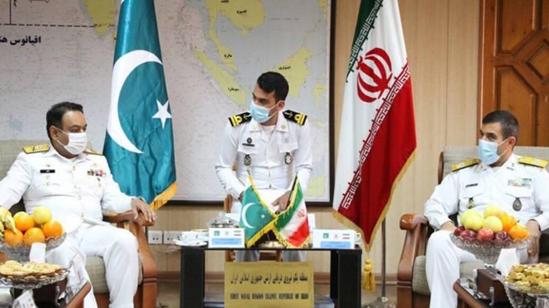 پاک بحریہ کے جہاز پی این ایس عظمت کا ایران کی بندر گاہ بندر عباس کا دورہ