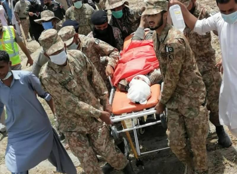 ٹرین حادثہ: ریسکیو اور ریلیف آپریشن مکمل کرلیا گیا ہے: آئی ایس پی آر