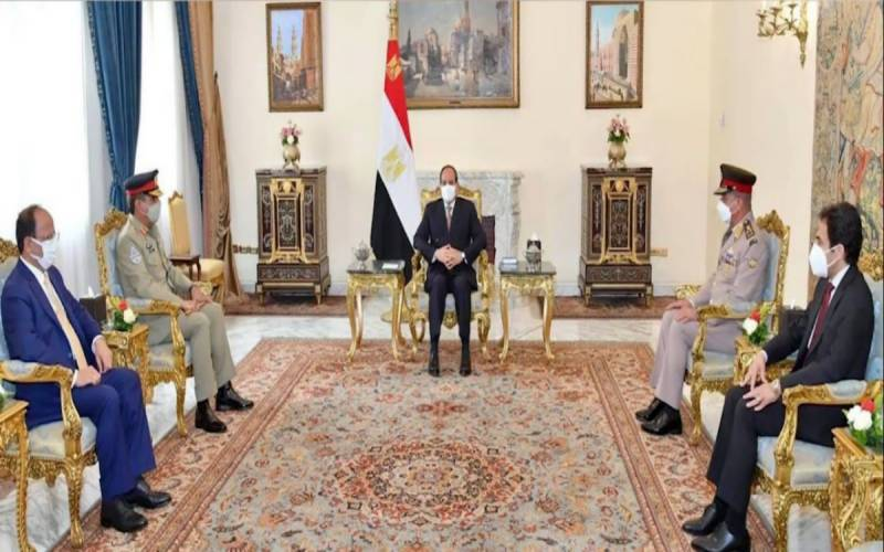 چیئرمین جوائننٹ چیفس آف اسٹاف کمیٹی جنرل ندیم رضا کی مصر کے صدر جنرل فتح السیسی سے ملاقات