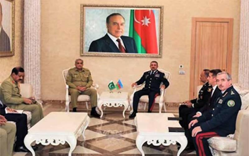 آرمی چیف کا دورہ آذربائیجان، وزیر داخلہ اور عسکری قیادت سے دفاعی تعاون پرتبادلہ خیال