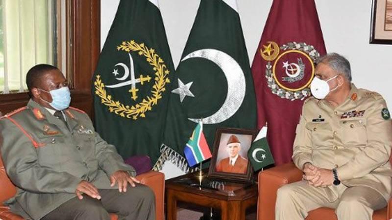 آرمی چیف اور چیئرمین جوائنٹ چیفس آف سٹاف کمیٹی سے جنوبی افریقہ کے مسلح افواج کے سربراہ کی الگ الگ ملاقات