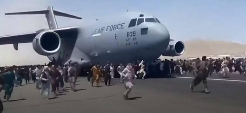 افغانستان میں افراتفری، کابل ائیرپورٹ پر دلخراش واقعات، 10 افراد جاں بحق