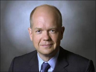 برطانیہکے نو منتخب وزیر خارجہ ولیئم ہیگ نے کہا ہے کہجوہری پروگرام کے بارے میں ایران کا رویہ عالمی برادری کے لیے ناقابل قبول ہے۔
