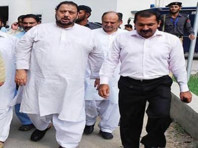 احتساب عدالت نے مسلم لیگ نون کے رہنما اورسابق رکن پنجاب اسمبلی سہیل ضیاء بٹ کو تین سال کے لیے جیل بھیجنے کےاحکامات جاری کردئیے