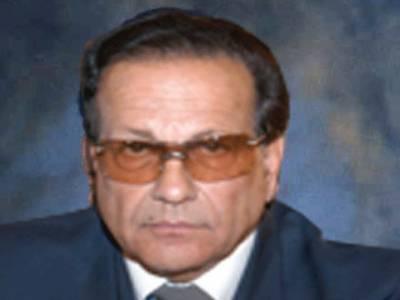 رانا مقبول کی تعیناتی کو درست قرار دیا جاتا ہے مگر کمال اطفر کی تقرری میں کیڑے نکالے جارہے ہیں۔ گونرپنجاب سلمان تاثیر