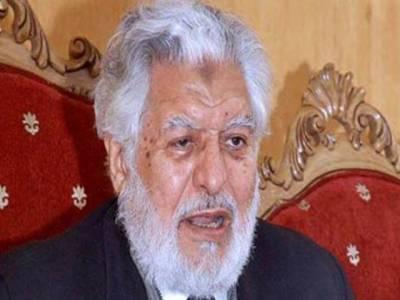 سپریم کورٹ بار ایسوسی ایشن کے صدر قاضی انور نے کہا ہے کہ حکومت کی جانب سے تیس، چالیس کروڑ روپے تک کیپیش کشہوئی جو مسترد کردی۔