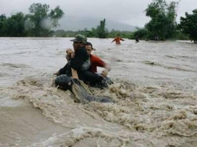 فلپائن میں سیلاب نےچالیس افراد کی جان لے لی جبکہ دس لاکھ سے زائد لوگوں کو بے گھر کر دیا ہے