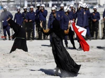 لیبیا میں احتجاج کا آٹھویں روز، مظاہرین پر فائرنگ سے انکار کرنے والے ایک سو تیس فوجیوں کوماردیا گیا ۔ انسانی حقوق کی عالمی تنظیم