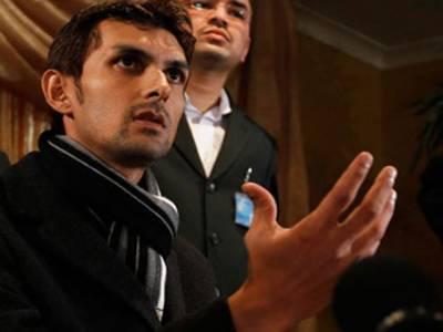 پاکستانی کرکٹرذوالقرنین حیدرکو لندن میںدھمکی آمیز فون کال موصول ھونےکےبعد نامعلوم مقام پر منتقل کرکے سیکیورٹی بڑھادی گئی ۔ برطانوی میڈیا