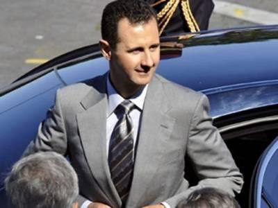 شام کے صدربشارالاسد نے عوام کے شدید احتجاج کے بعد ایمرجنسی ختم کرکے بنیادی انسانی حقوق بحال کرنے کے حکم نامے پر دستخط کردیئے۔