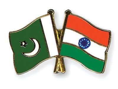 پاک بھارت سیکرٹری خارجہ مذاکرات کا پہلا دوراسلام آباد میں ختم ہوگیا، پہلے روزامن و امان کی صورت حال پربات چیت ہوئی، کل کشمیر پرمذاکرات ہوں گے۔