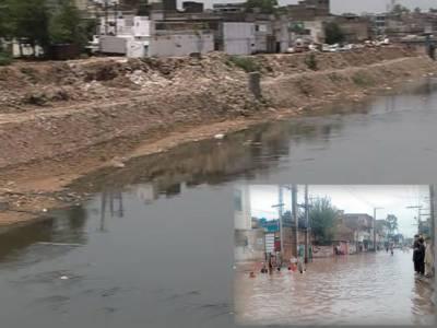 اسلام آباد، راولپنڈی میں تیز ہواؤں کے ساتھ ساتھ موسلا دھار بارش، نشیبی علاقوں میں خطرے کے سائرن بجادئیے گئے ۔