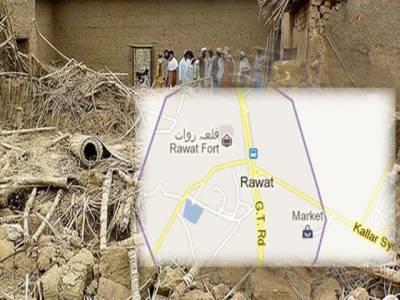 اُدھر راولپنڈی کے نواحی علاقے روات میں بارش کے باعث مکان کی چھت گرنے سے ایک ہی خاندان کے پانچ افراد جاں بحق ۔