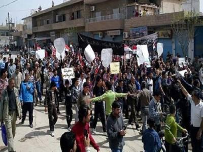 شام میں انسانی حقوق کی تنظیم سیرین آبزرویٹری فارہیومین رائٹس کے مطابق سکیورٹی فورسز کی تازہ کارروائیوں میں انیس افراد ہلاک ہوگئے۔