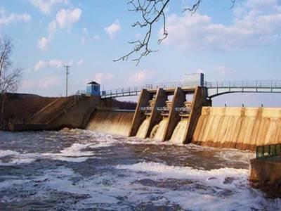 ڈیموںمیں پانی کی سطح کم ہونے کا سلسلہ جاری، ملک کے تمام دریااپنےاپنے ہیڈورکس پرمعمول کےمطابق بہہ رہےہیں۔
