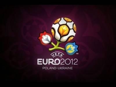 یوروکپ فٹبال چیمپئن شپ کے پہلے سیمی فائنل میں کل دفاعی چیمپئن اسپین اور پرتگال مدمقابل ہونگے۔