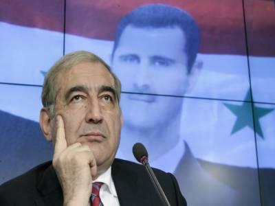 شام میں کشیدگی کے خاتمے کے لئے حکومت صدر بشارالاسد کے استعفیٰ کو غیرمشروط مذاکرات میں زیرِ بحث لانے کو تیار ہے۔ نائب وزیرِاعظم قادری جمیل