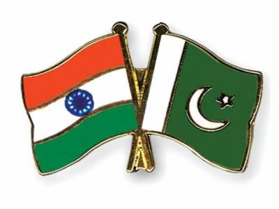پاک بھارت سیکرٹری تجارت مذاکرات کا پہلا دور مکمل ہو گیا جس میں بھارت نے پاکستان کو پچاس ریلوے انجن فراہم کرنے کی پیش کش کی۔