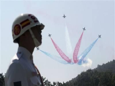 جنوبی کوریا: چونسٹھ ویں آرمی ڈے, شمالی کوریا کی دھمکیوں کا مقابلہ کرنے کے لئے فوج کو مضبوط کرنا ہوگا. صدرلی میونگ باک