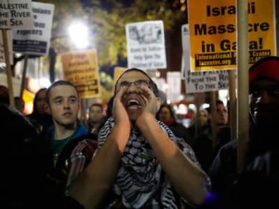 یونان اورانڈونیشیا میں اسرائیلی بربریت کے خلاف احتجاجی مظاہرے کیے گئے، مظاہرین نے عالمی برادری سے غزہ پراسرائیلی بمباری رکوانے کا مطالبہ کیا۔