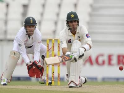 جوہانسبرگ ٹیسٹ کے چوتھے روز آج پاکستانی ٹیم اپنی دوسری اننگزایک سو تراسی رنز چاروکٹوں کے نقصان پر دوبارہ شروع کریگی۔