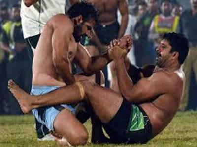 پاکستان کی کبڈی ٹیم کبڈی ورلڈکپ میں شرکت کےلیے واہگہ بارڈرکے راستے بھارت روانہ ہو گئی،کھلاڑیوں کاکہناہےکہ قوم کومایوس نہیں کریں گے
