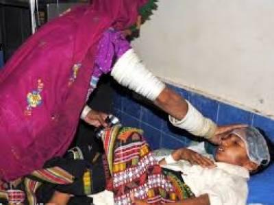 تھرپارکرمیں موت کا رقص جاری ہےچھاچھرو اورسول ہسپتال مٹھی میں مزید تین بچےدم توڑگئےرواں ماہ میں ہلاکتوں کی تعداد ایک سو سات ہوگئی