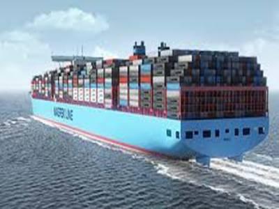 دنیا کا سب سے بڑا کنٹینر بردار جہاز برطانیہ کی بندرگاہ فیلکس سٹو پر لنگر انداز ہو گیا ہے