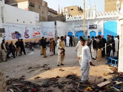 شکارپورکےعلاقے لکھی درمیں امام بارگاہ کے اندردھماکے سے پچاس افراد جاں بحق اوردرجنوں زخمی ، مرنےوالوں میں بچے اوربزرگ بھی شامل ہیں