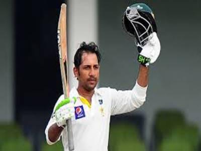 پاکستانی وکٹ کیپر بیٹسمین سرفراز احمد نے گلکرسٹ ، سنگاکارا اور دھونی کو پیچھے چھوڑدیا، قومی وکٹ کیپر ٹیسٹ کرکٹ میں دوسری بڑی اوسط کے مالک بن گئے