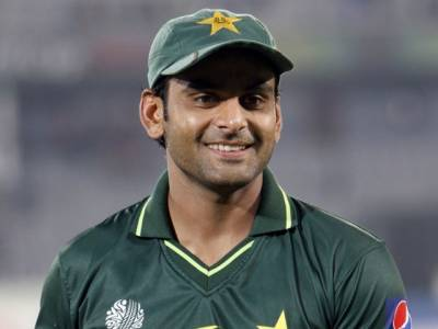 پاکستان کرکٹ ٹیم کے آل راؤنڈر محمد حفیظ نے چیمپینز ٹرافی میں نو ٹیموں کی شمولیت کی خواہش کی ہے
