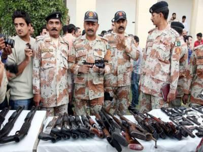 سندھ رینجرز نے کراچی آپریشن سے متعلق قانونی معاونت کیلئے ماہرین اور تفتیشی افسران کی خدمات مانگ لیں