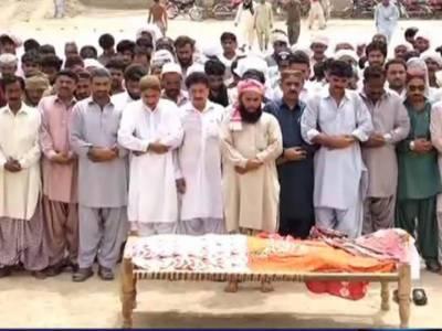 ڈیرہ غازی خان: قندیل بلوچ کی نمازجنازہ شاہ صدر دین میں ادا کردی گئی