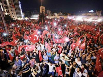 ترکی: باغیوں کیخلاف آپریشن جاری، فوجیوں سمیت 6000 ہزار گرفتار، ہلاکتیں 285 ہوگئیں